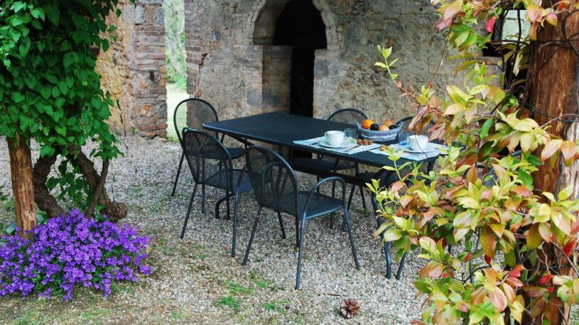 external dining place